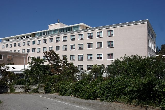 King Edward VII Memorial Hospital in Bermuda