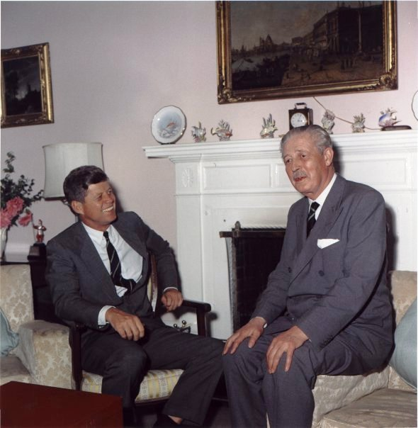 Kennedy and Macmillan in Bermuda 2